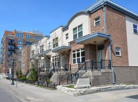 221 1st Avenue Northeast #4